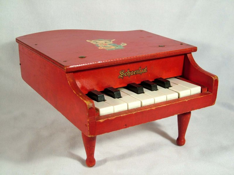 F36310 Uncaged Toy Piano